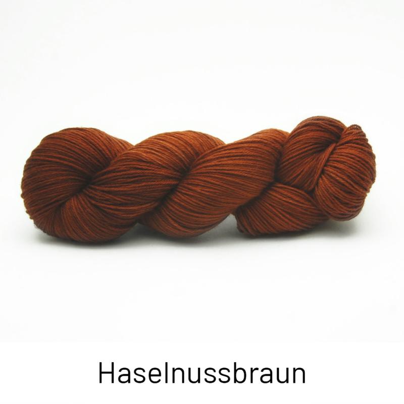 Handgefärbte Wolle - Farbularasa - Semisolide Hightwist - Haselnuss