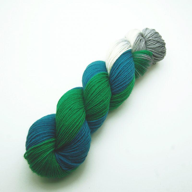 Handgefärbte Wolle