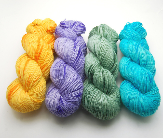 Handgefärbte Wolle - Farbularasa - bunt