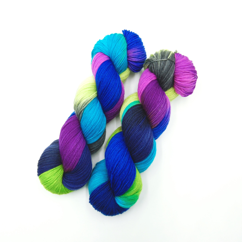 Bunte High Twist - Handgefärbte Wolle - Farbularasa