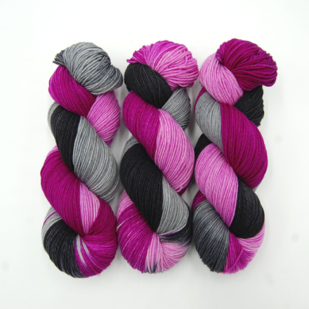 Handgefärbte Wolle - Farbularasa