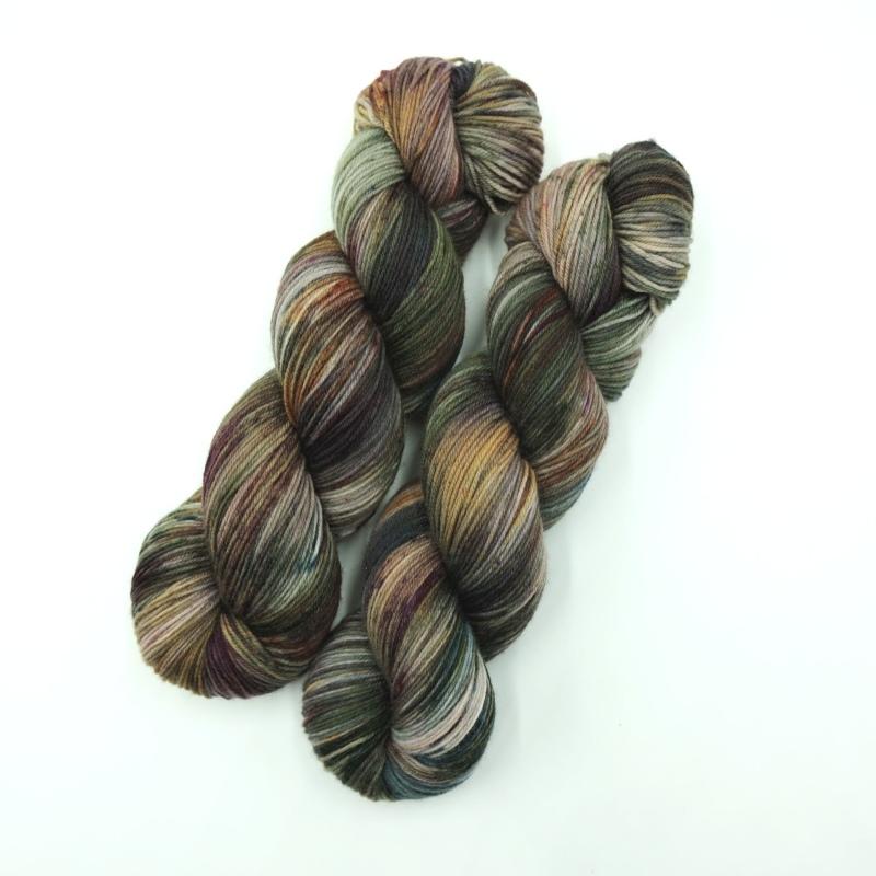 Handgefärbte Wolle - Farbularasa - Speckles