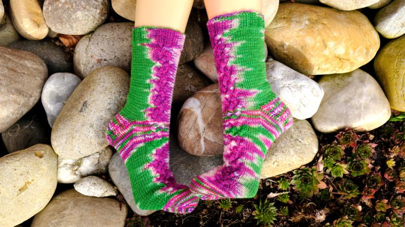 Frühlingsfarben - Handgefärbte Wolle - Farbularasa - Monatsfärbung