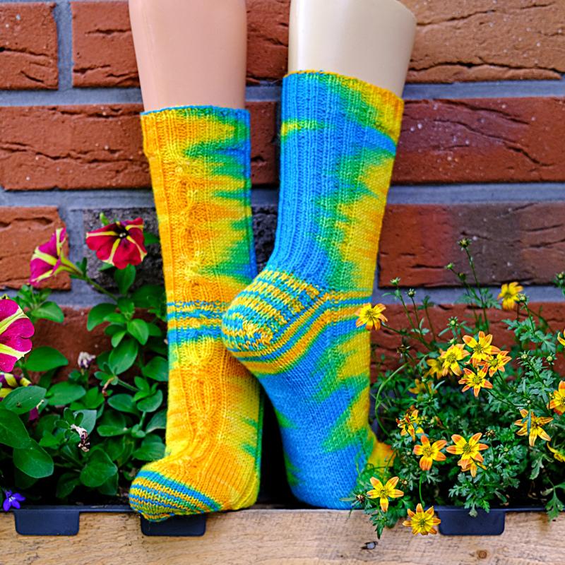Gelbbrust Ara - Handgefärbte Wolle - Farbularasa - Monatsfärbung